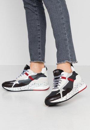 KARLIE - Sneakers - black