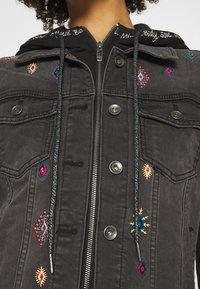 Desigual - CHAQ LIVERPOO - Denim jacket - blue - 8