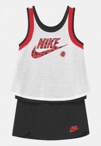 Nike Sportswear - LIL BUGS LADYBUG SCOOTER SET - Top - black - 0