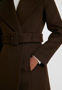 IVY & OAK - STATEMENT  - Zimní kabát - dark chocolate - 5