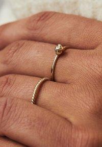 Isabel Bernard - 14 CARAT GOLD - Ring - gold - 1