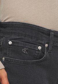 Calvin Klein Jeans - CKJ 016 SKINNY - Slim fit -farkut - grey - 5