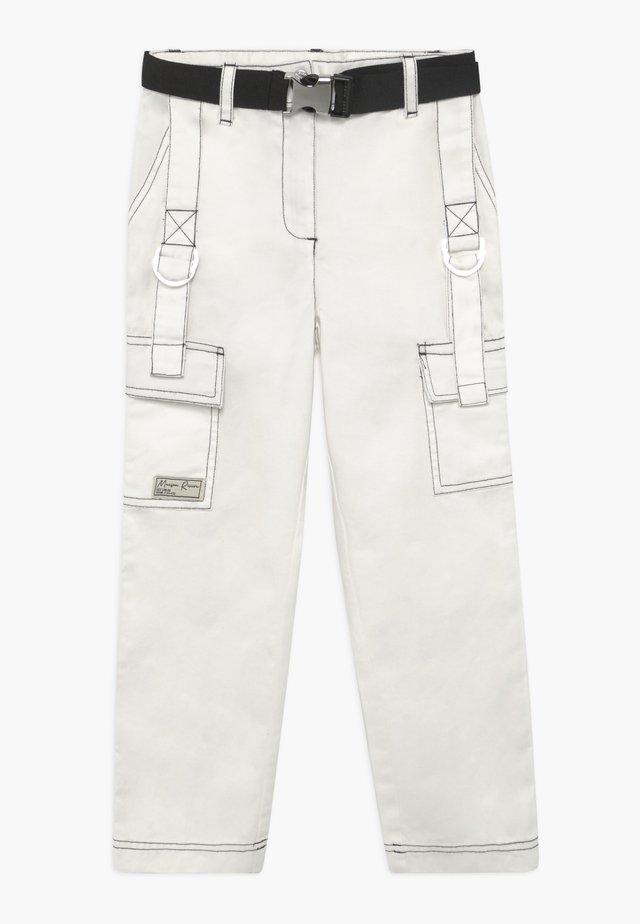Cargo trousers - white