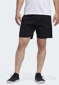 adidas Performance - AEROREADY 3-STRIPES 8-INCH SHORTS - Pantalón corto de deporte - black - 0