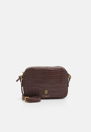 RICHMOND CROSS BODY - Across body bag - dark brown