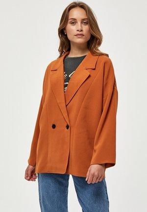 Short coat - burned hazel