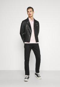 Selected Homme - SLHICONIC BIKER  - Leather jacket - black - 1