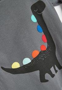 Next - RAINBOW SPIKES DINO - Long sleeved top - grey - 2