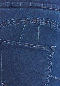 CAPSULE by Simply Be - SCULPTING SKINNY JEGGINGS - Jeans Skinny Fit - mid blue - 4