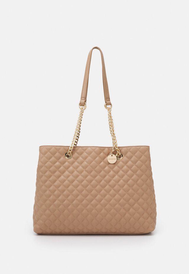 QUILTED SHOULDER BAG - Pochette - nude