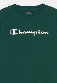 Champion - AMERICAN CLASSICS CREW NECK UNISEX - Sweatshirt - green - 2
