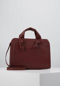 Zign - LEATHER - Handbag - maroon - 0