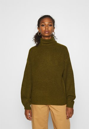 VMMIZA ROLL NECK - Strikkegenser - fir green