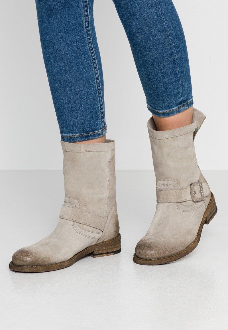 Felmini - GREDO - Cowboy/biker ankle boot - pardo