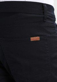 Carhartt WIP - VICIOUS PANT LAMAR - Pantalones - dark navy rinsed - 4