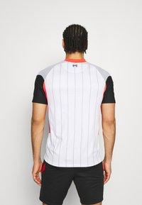 Nike Performance - LIVERPOOL FC - Klubbkläder - white/laser crimson/wolf grey/black - 2