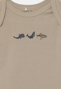 Name it - NBMBODY WHALE 3 PACK - Body - peyote - 3