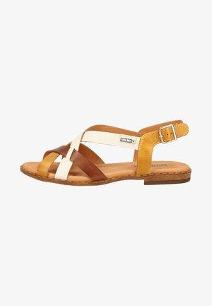 Walking sandals - honey