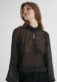 InWear - Blouse - black minimal dot - 0