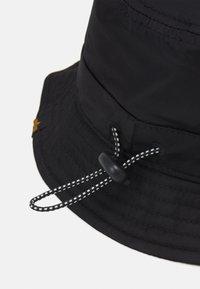 Alpha Industries - UTILITY BUCKET HAT UNISEX - Hat - black - 4