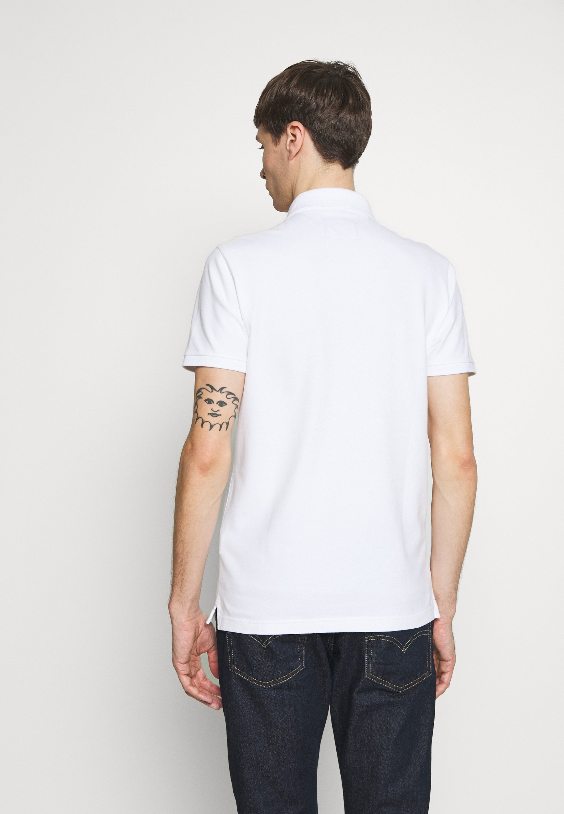 Hollister Co. SLIM FIT EXPLODED ICON - Polo shirt - white 124ez