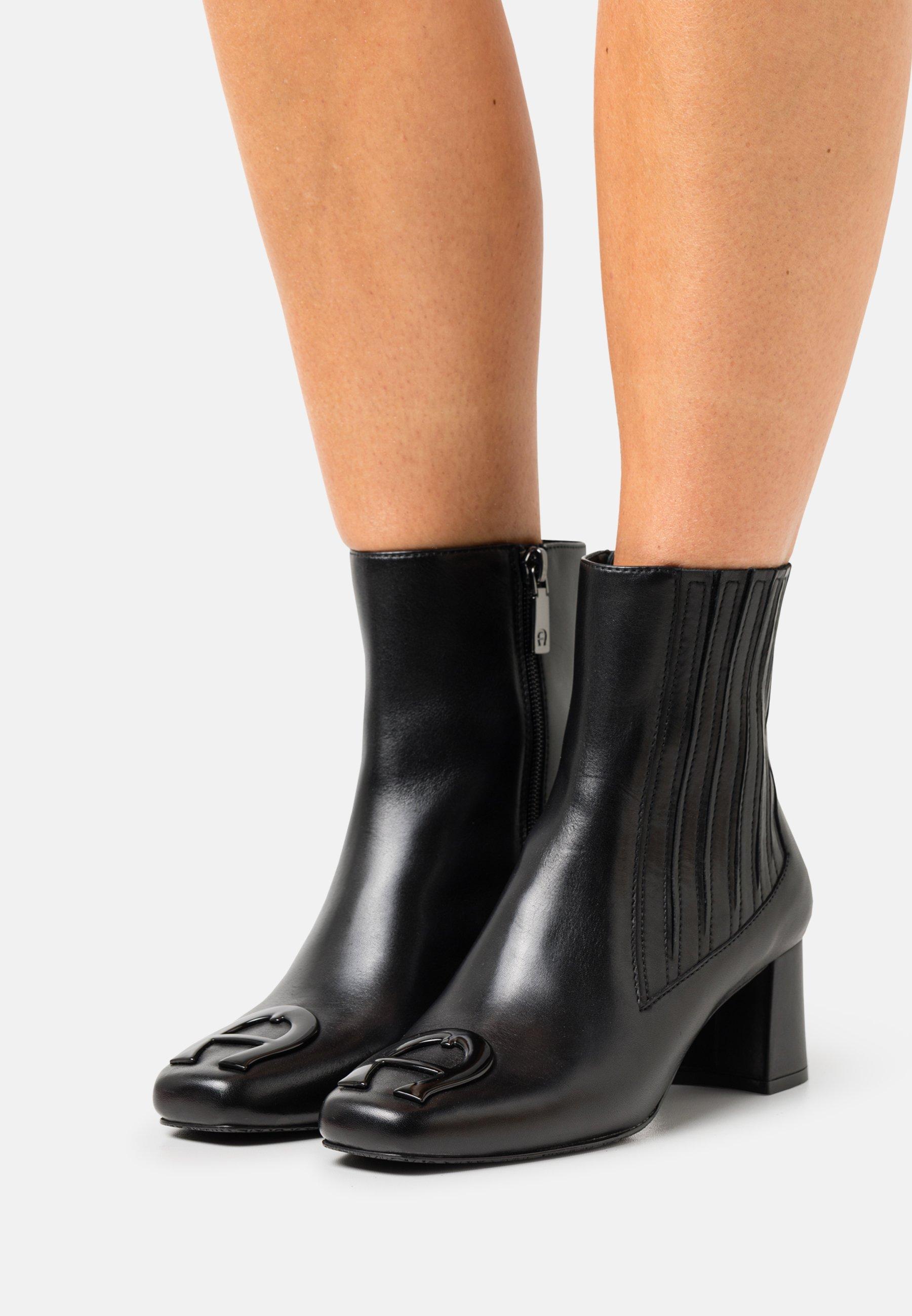 Women GRAZIA  - Classic ankle boots