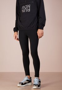 Ron Dorff - RON RUN - Tracksuit bottoms - black - 0
