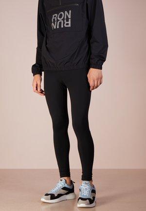 RON RUN - Spodnie treningowe - black