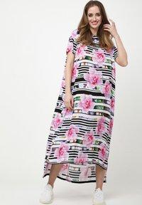 Madam-T - ADELINARA - Maxi dress - weiß rosa - 0