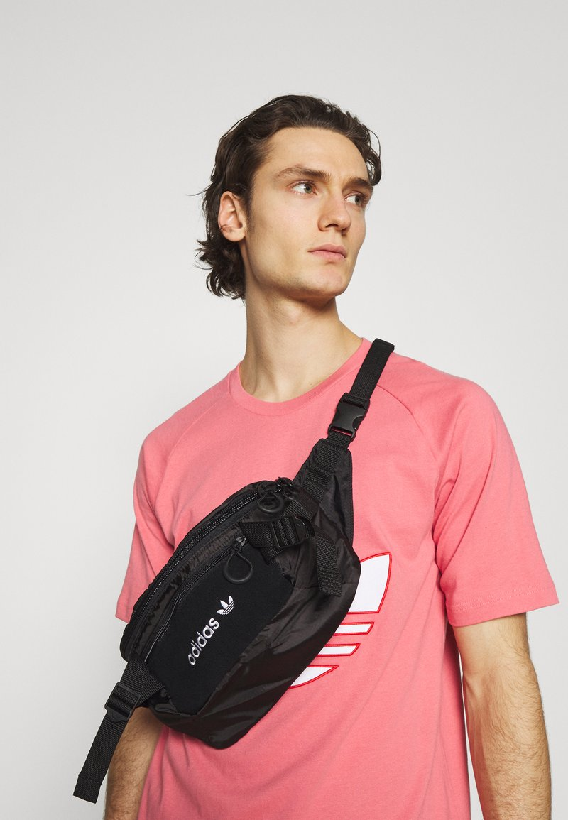 adidas Originals - WAISTBAG UNISEX - Bum bag - black