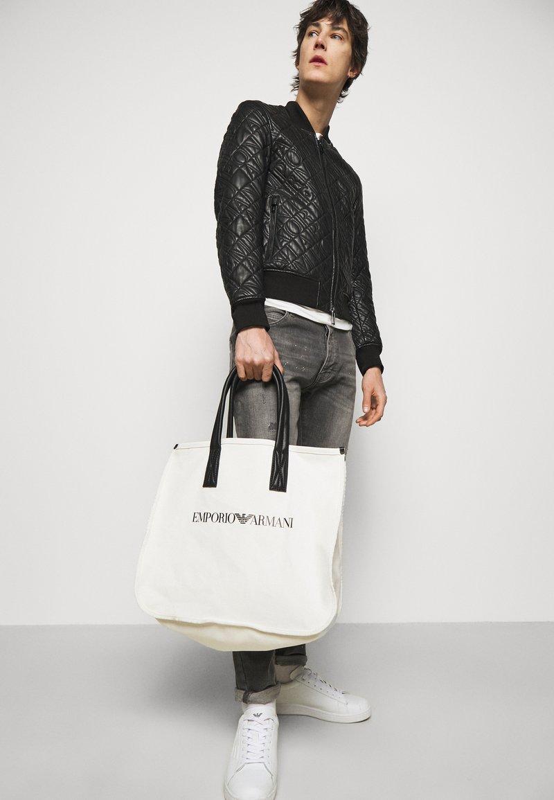 Emporio Armani - SET UNISEX - Tote bag - white