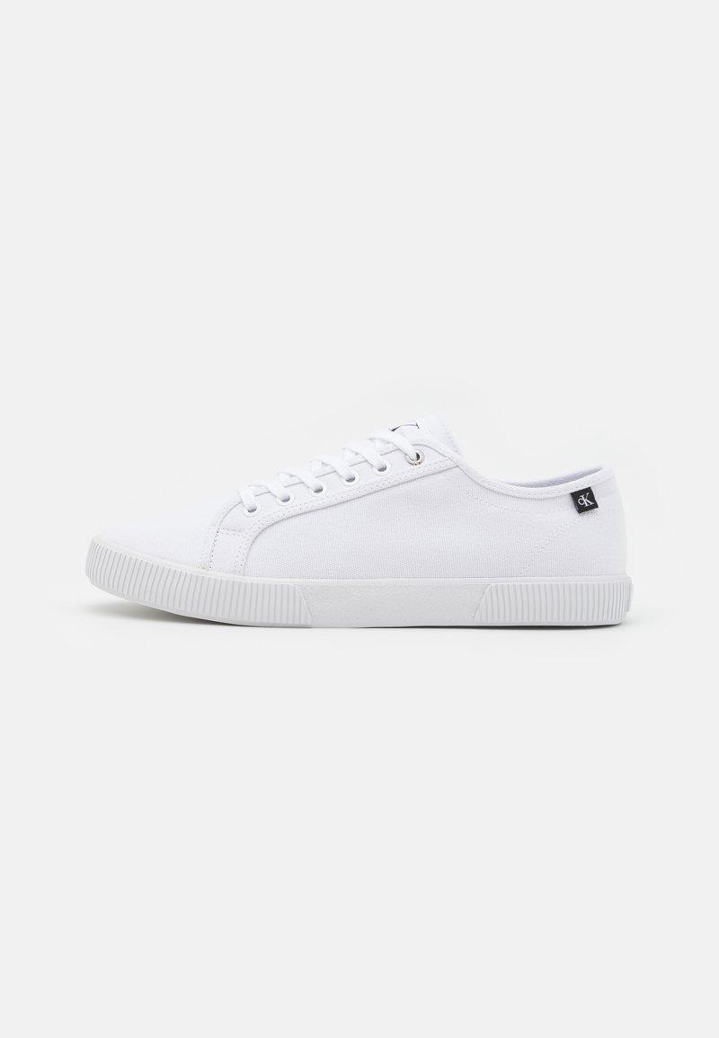 Calvin Klein Jeans - LACEUP - Tenisky - bright white