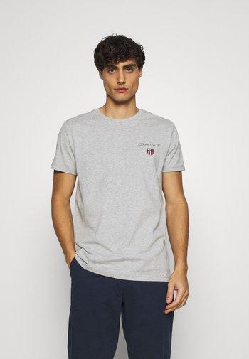 MEDIUM SHIELD - Basic T-shirt - light grey melange