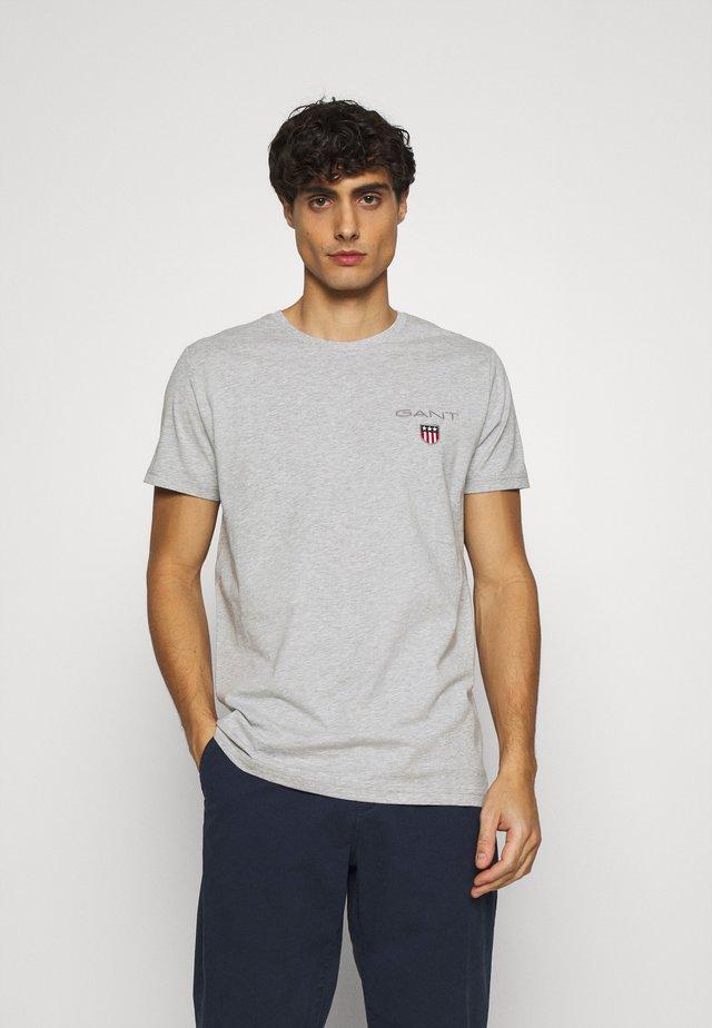 MEDIUM SHIELD - T-shirt basic - light grey melange