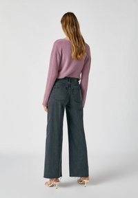 PULL&BEAR - Flared Jeans - dark grey - 2