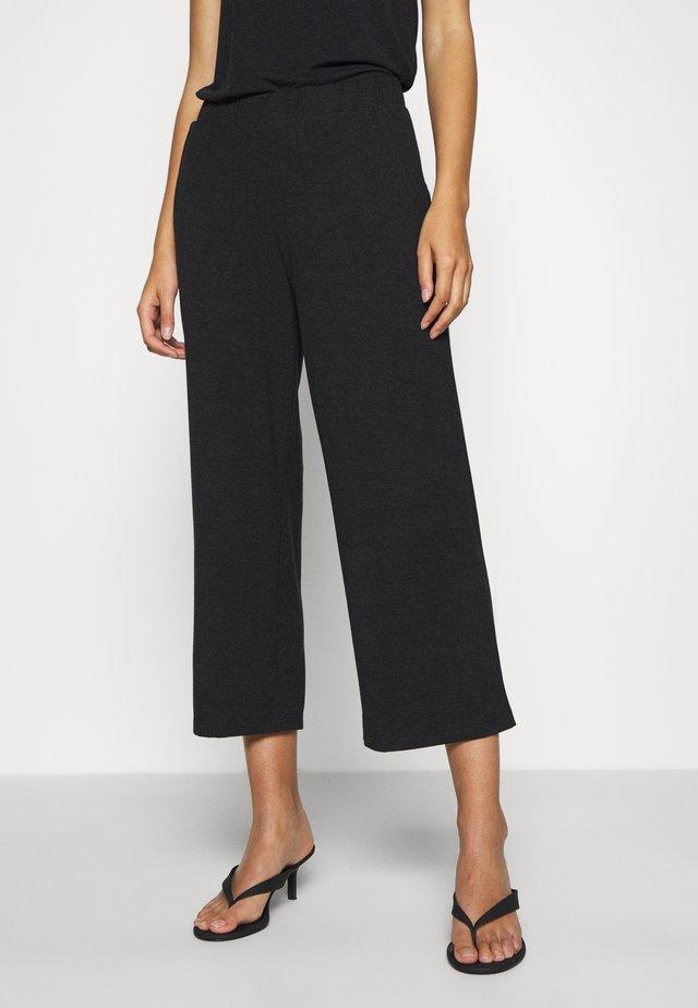 JUMA CULOTTE PANTS - Teplákové kalhoty - dark grey