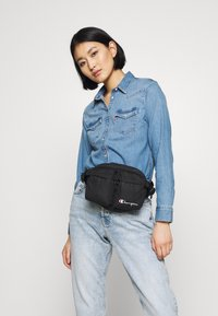 Champion Reverse Weave - BELT BAG - Bum bag - black - 4