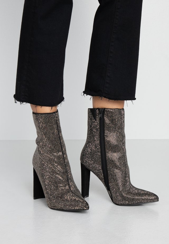 POSTMAWEI - High heeled ankle boots - black/silver/multicolor