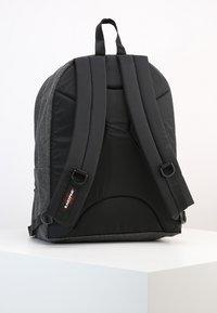 Eastpak - PINNACLE - Rucksack - black denim - 3