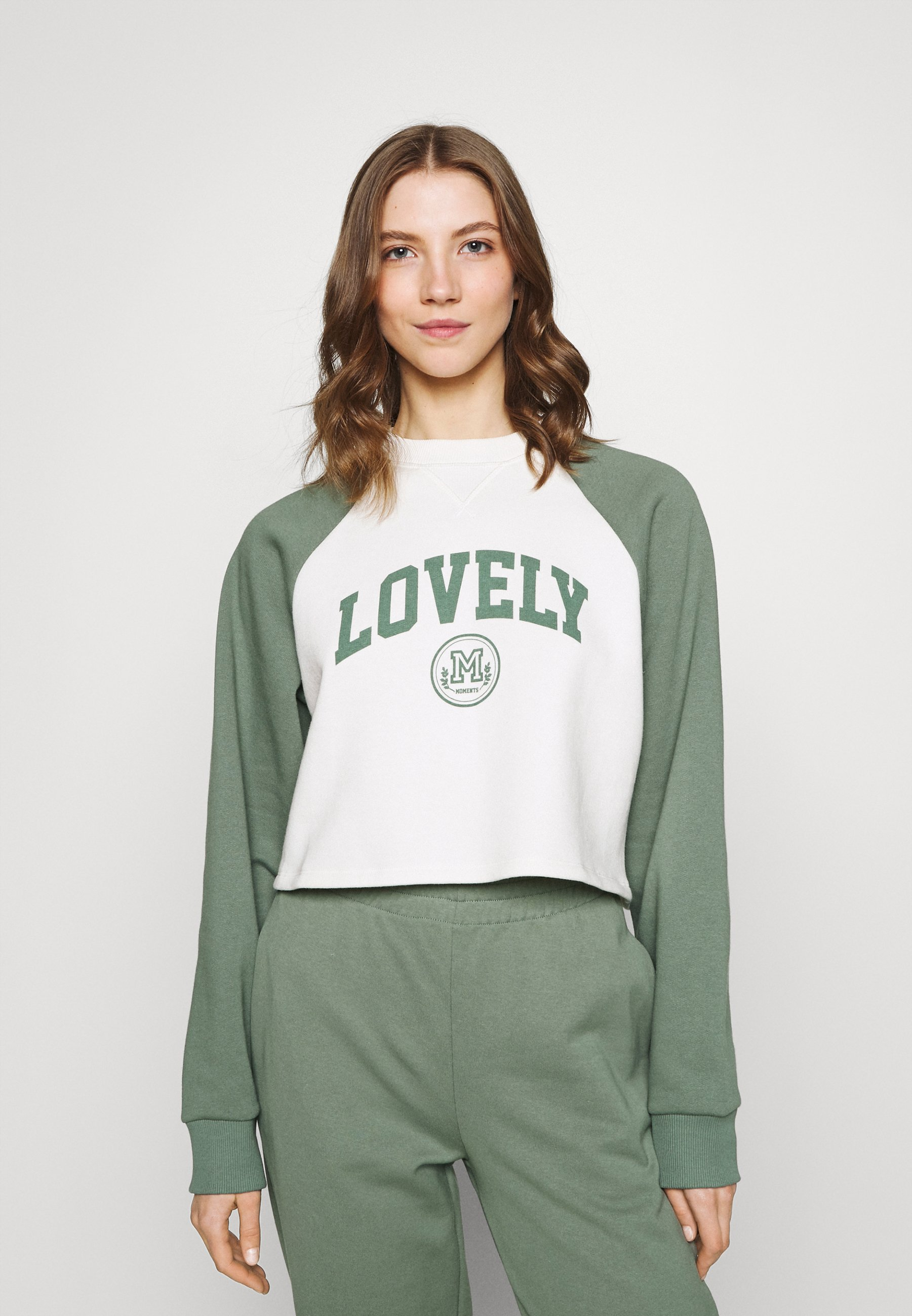 Women Baseball Printed Sweatshirt - Sweatshirt