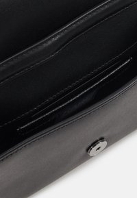 KARL LAGERFELD - SIGNATURE BELT-BAG - Across body bag - black/gun metal - 5
