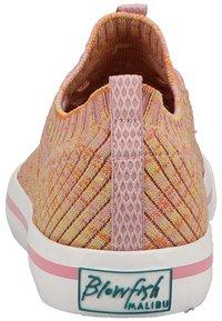 Blowfish Malibu - Trainers - dusty pink rainbow weave 616 - 2