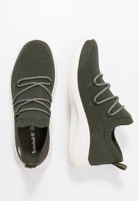 Timberland - FLYROAM GO - Sneaker low - dark green - 1