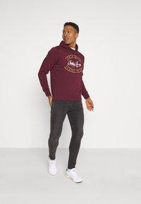 Only & Sons - ONSWARP - Slim fit jeans - grey denim - 1