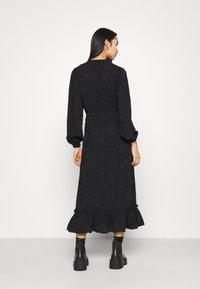 ONLY - ONLEVA MIDI DRESS - Maxi šaty - black - 2