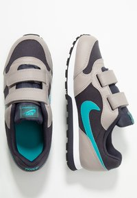 Nike Sportswear - MD RUNNER 2 BPV - Trainers - gridiron/teal/pumice/faded spruce - 0