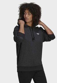adidas Originals - Sweat à capuche - black melange - 2
