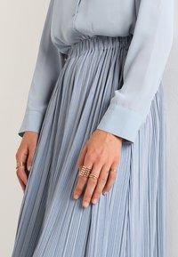Samsøe Samsøe - UMA SKIRT - Pleated skirt - dusty blue - 5