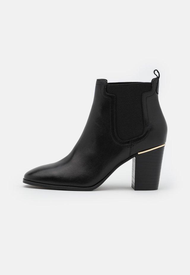ASMAE - Kotníková obuv - noir