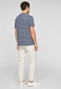 s.Oliver - Print T-shirt - blue stripes - 2